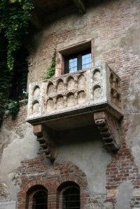 Balcon de la maison de Juliette à Vérone via e-voyageur.com