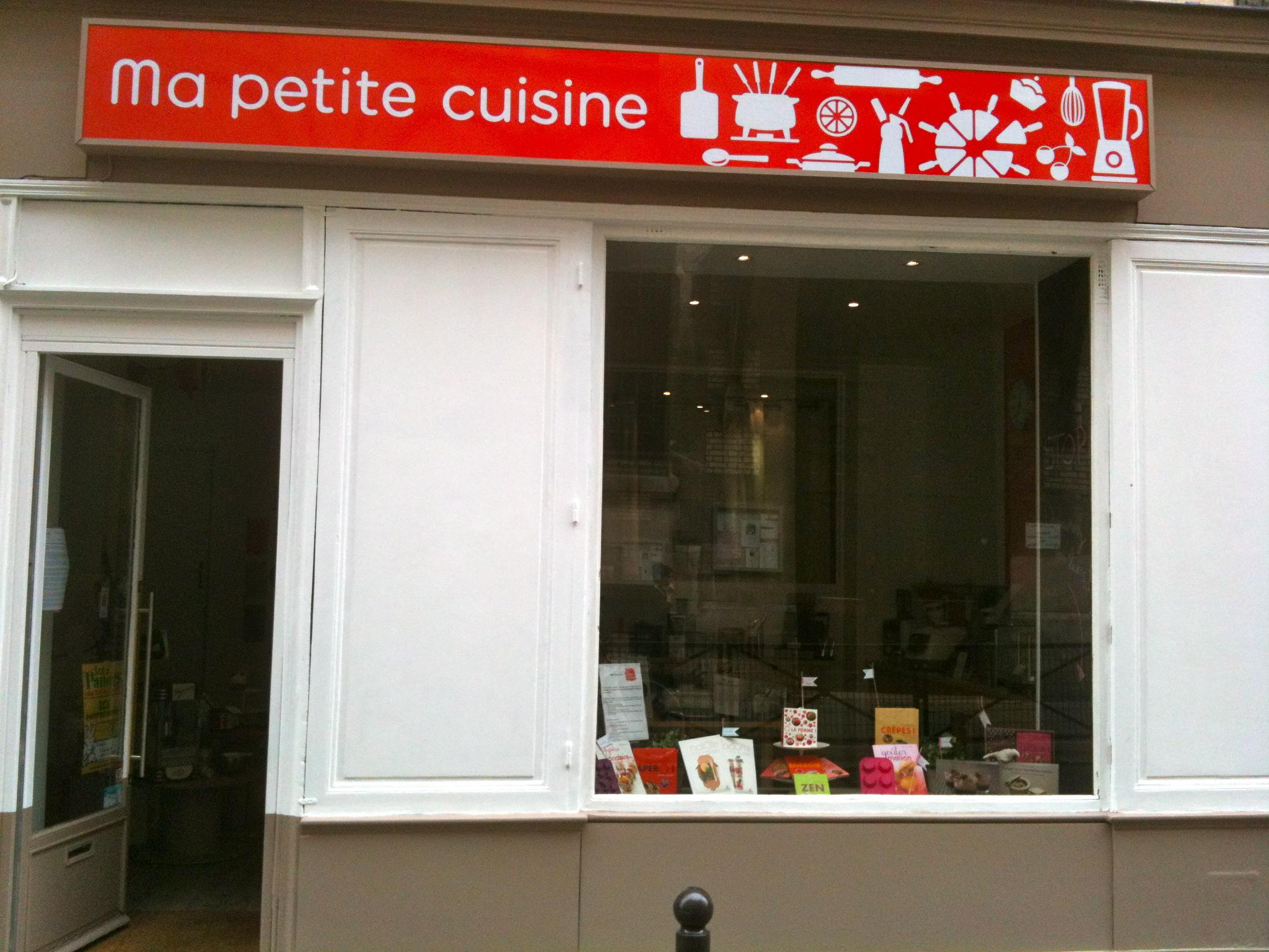 Petit ustensile de cuisine petit ustensile cuisine sur enperdresonlapin - Ustensile de cuisine paris ...
