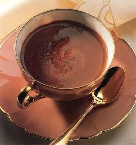 Chocolat chaud via mamanjuju-a-la-maison.blogspot.com