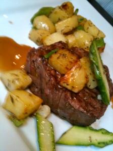Filet de bœuf aux petits légumes © Blandine Vié
