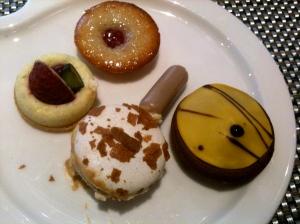 Assiette de desserts © Blandine Vié