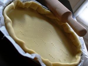 Pâte brisée via toqueedecuisine.blogspot.com