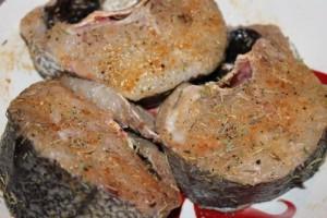 Darnes de merlu marinées via coriandre-et-cie.com