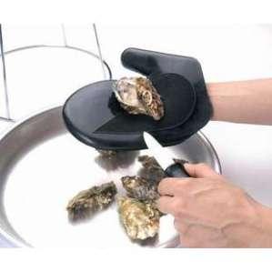 Moufle à huître pour gaucher via metro.fr