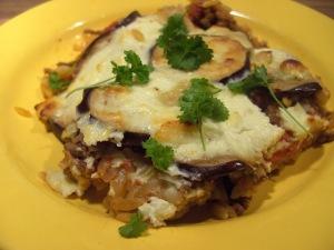 Moussaka via chris-cookingaroundtheworld.blogspot.com