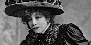 Sarah Bernhardt viabypeople.fr