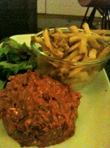 Steak tartare frites