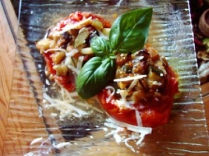 Tomates farcies à la ratatouille via cuisine.journaldesfemmes.com
