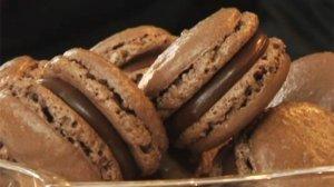Macarons au chocolat via undinerpresqueparfait.m6.fr