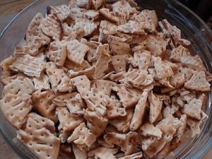 Galettes azymes émiettées via moncarnetdecuisine.blogspot.com