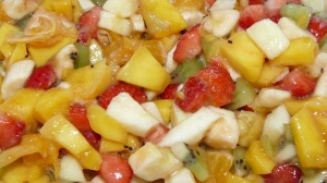 Macédoine de fruits via lacuisineentresoeurs.blogspot.com
