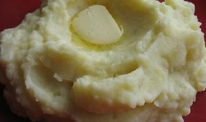 Purée de pommes de terre maison via cuisine-etudiant.fr