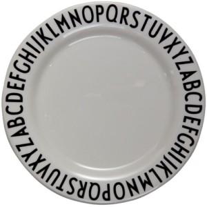 Assiette design lettres via uaredesign.com