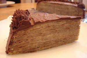 Gâteau de crêpes à la ganache au chocolat via pinceedescience.be