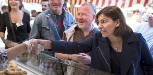 Anne Hidalgo au marché via challenges.fr