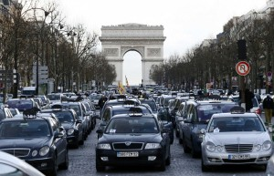 Manifestation de taxis via tempsreel.nouvelobs.com