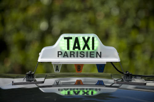 Taxi parisien via largus.fr