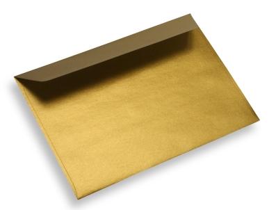 Enveloppe dorée via enveloppeshop.fr