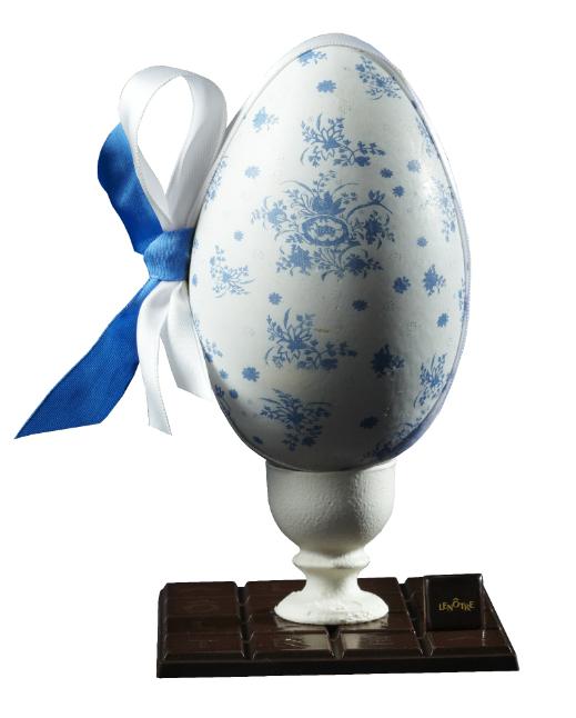 Œuf en porcelaine Lenôtre © T. Delhemmes