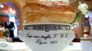 Soupe aux truffes Paul Bocuse via slate.fr