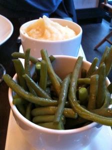 Purée de patates douces, haricots verts © Greta Garbure