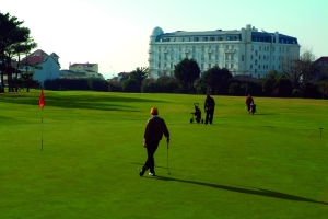 visuel-golf-credit-CLAUDE-NORI