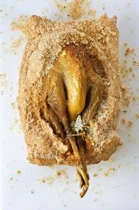 Pintade en croûte de sel © volailles-auvergne.com