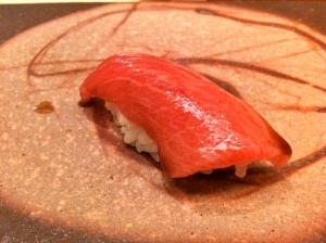 Sushi à la ventrèche de thon © Greta Garbure