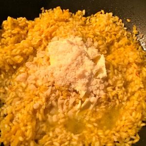 Ajouter le beurre froid et le parmesan © Greta Garbure