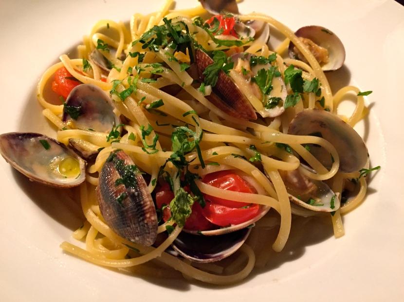 Spaghetti alle vongole (palourdes)