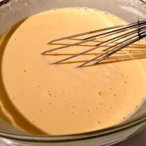 Pâte à crêpes © Greta Garbure