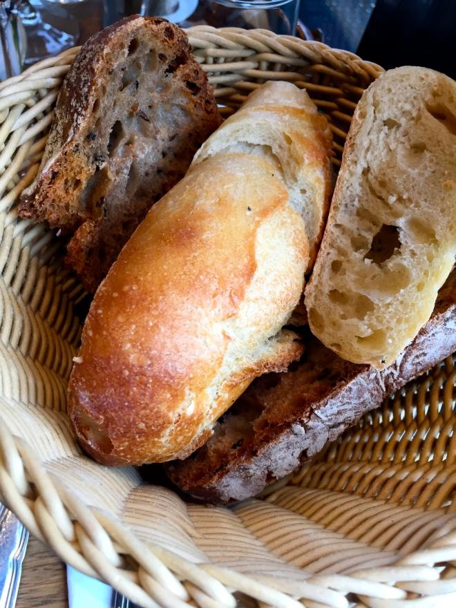 Corbeille de pain © Greta Garbure