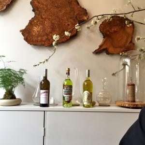 Mise en scène des produits des Distilleries de Provence © Greta Garbure