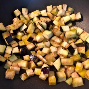 Aubergines en cuisson © Greta Garbure