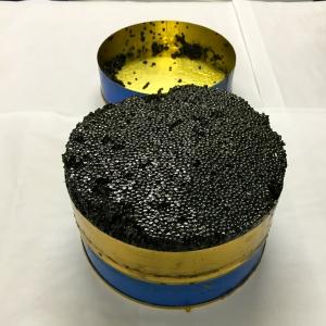 Boîte caviar Osciètre © Greta Garbure