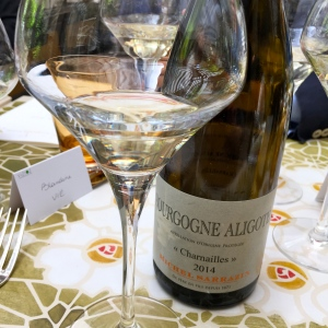 Bourgogne aligoté « Charnailles » 2014 Michel Sarrazin et Fils © Greta Garbure