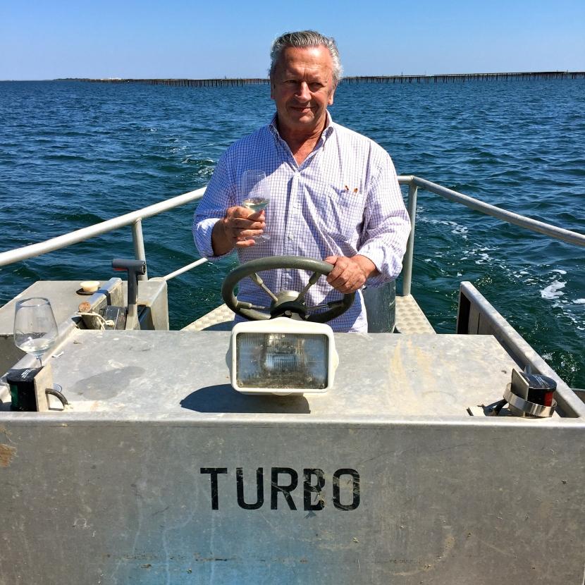 Patrick, pacha d'une barge, met le turbo © Greta Garbure