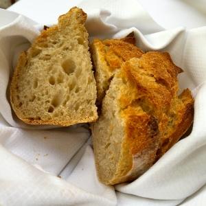 La corbeille de pain de chez Frédéric Lalos © Greta Garbure