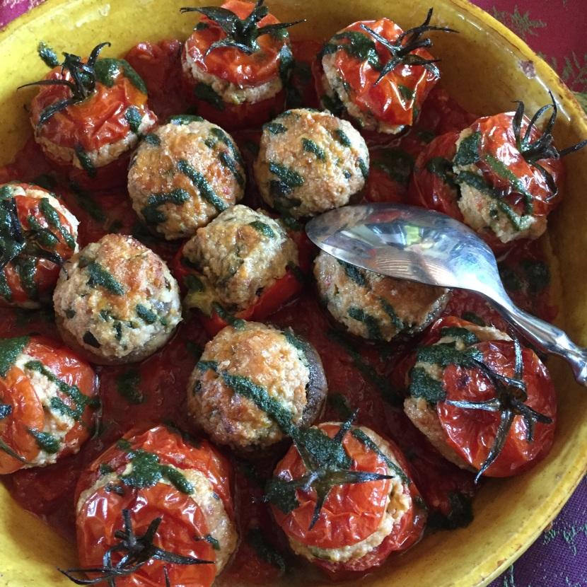 Tomates farcies © Greta Garbure