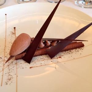 70 de chocolat, noisettes et grué de cacao © Greta Garbure