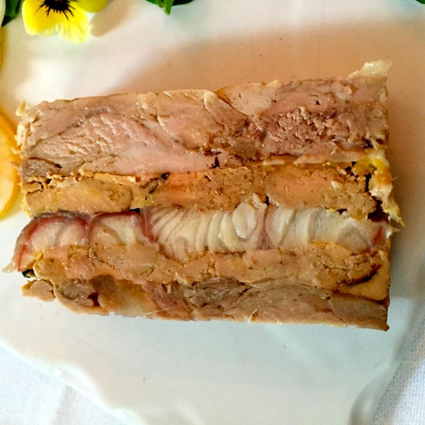 Terrine jarret de veau/anguille/foie gras © Greta Garbure