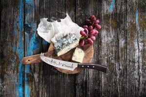 Un couteau à fromage (Paris)