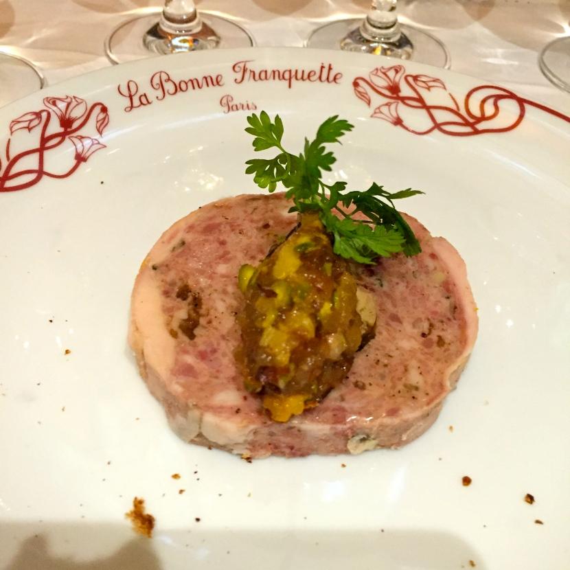 Ballotine de poule faisane au foie gras et pistaches © Greta Garbure