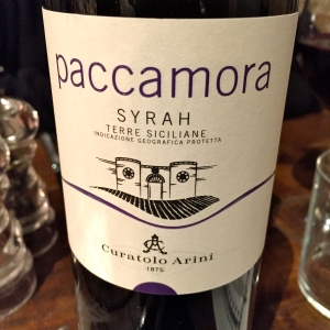 Paccamora, vin sicilien © Greta Garbure