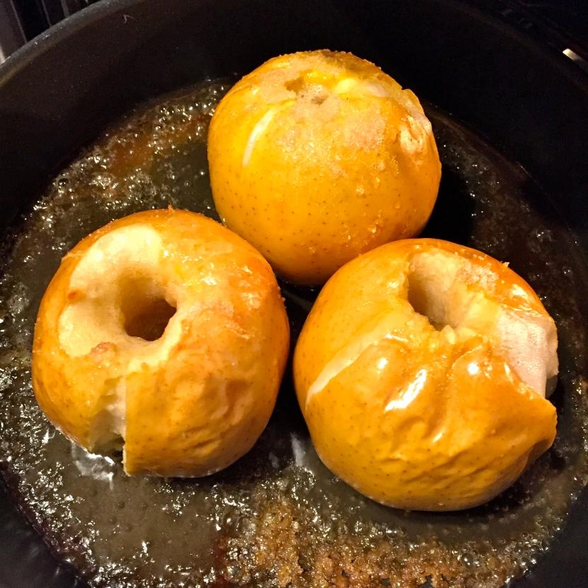 Les pommes sont cuites @ Greta Garbure
