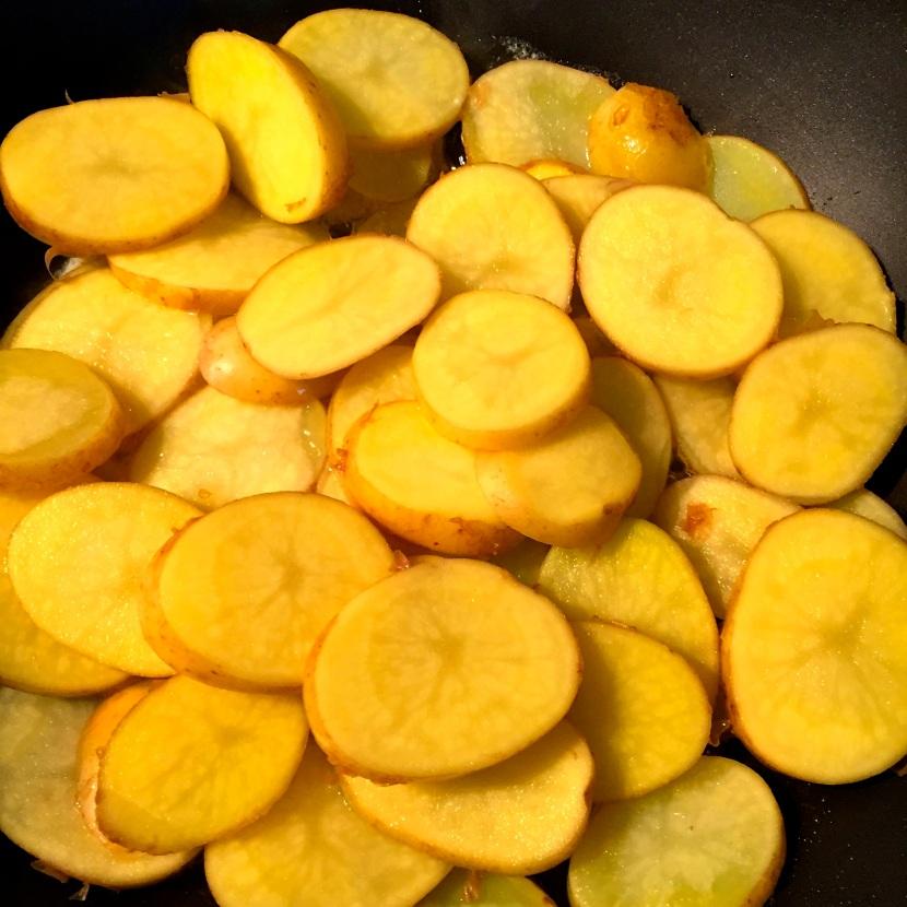 Pommes de terre Sirtéma en rondelles © Greta Garbure