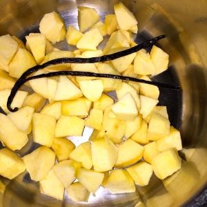 Pommes Gala mises à confire © Greta Garbure