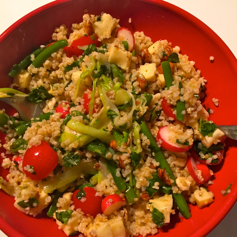 La salade de boulghour et quinoa au livarot © Greta Garbure