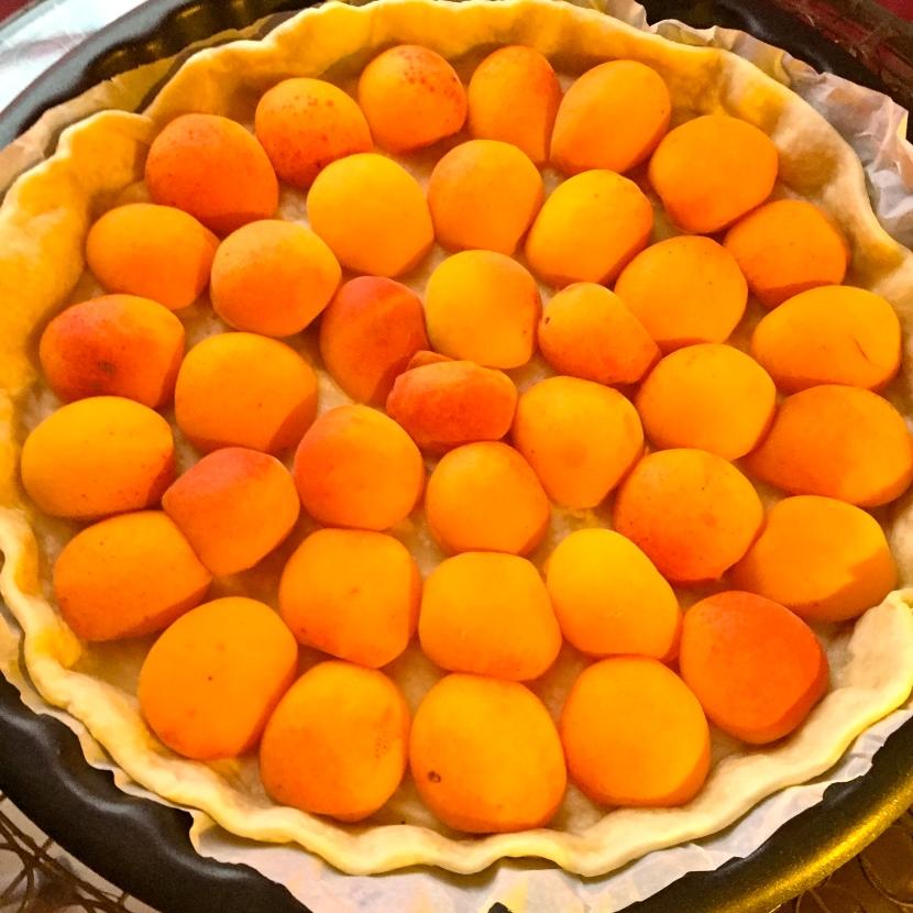 Les abricots sur le fond de tarte © Greta Garbure