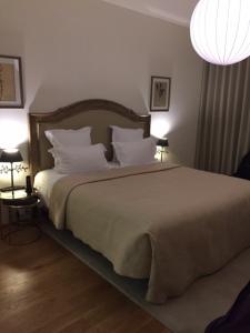 Ma chambre à l'Hôtel de la Villeon © Greta Garbure